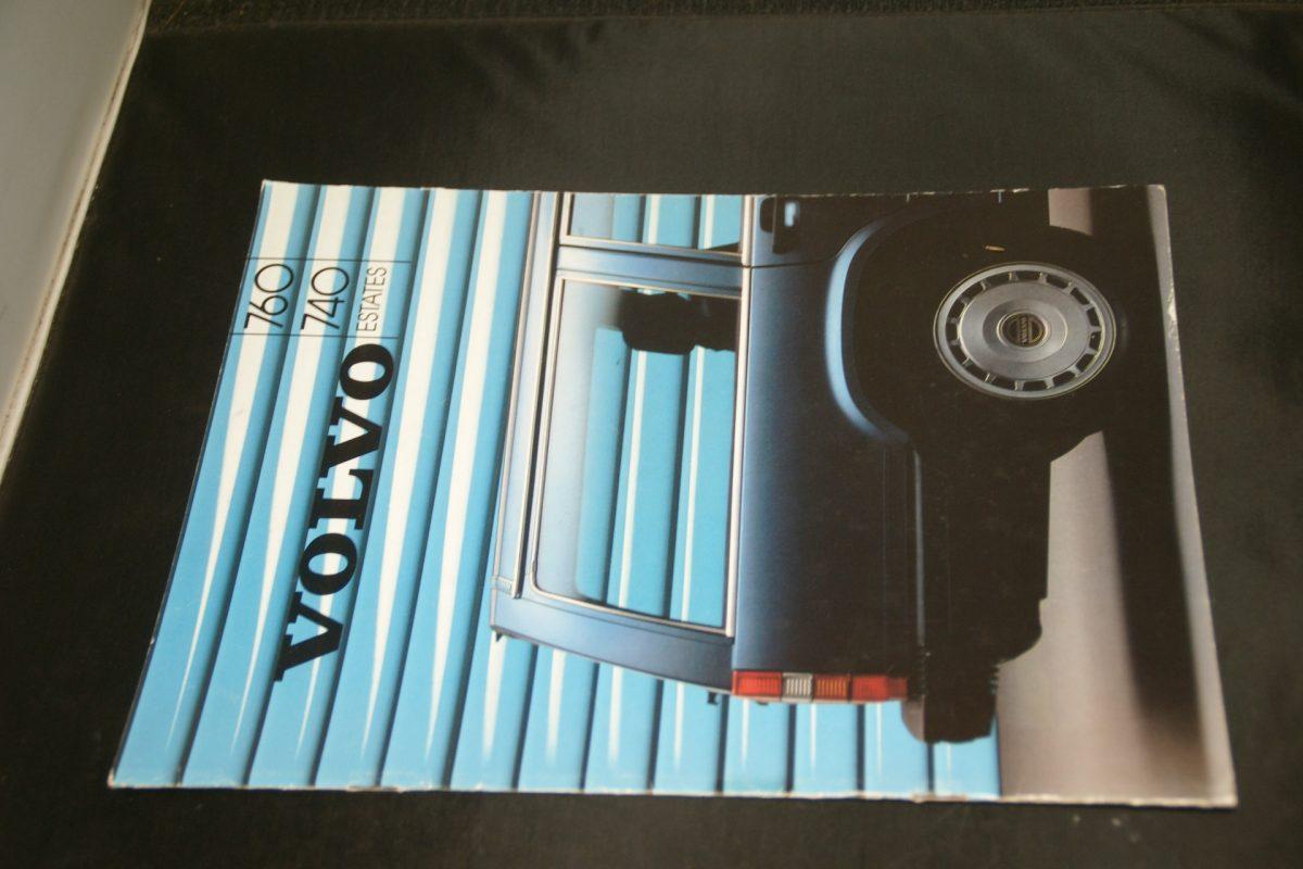 DSC01524 1986 Volvo 740 760 estate brochure MSPV 1807 nieuwstaat