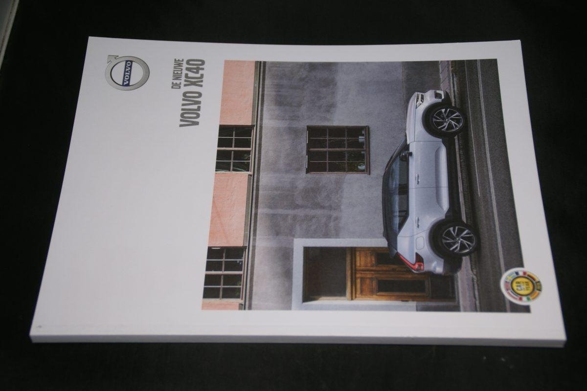 DSC01540 2018 Volvo XC40 brochure nieuwstaat