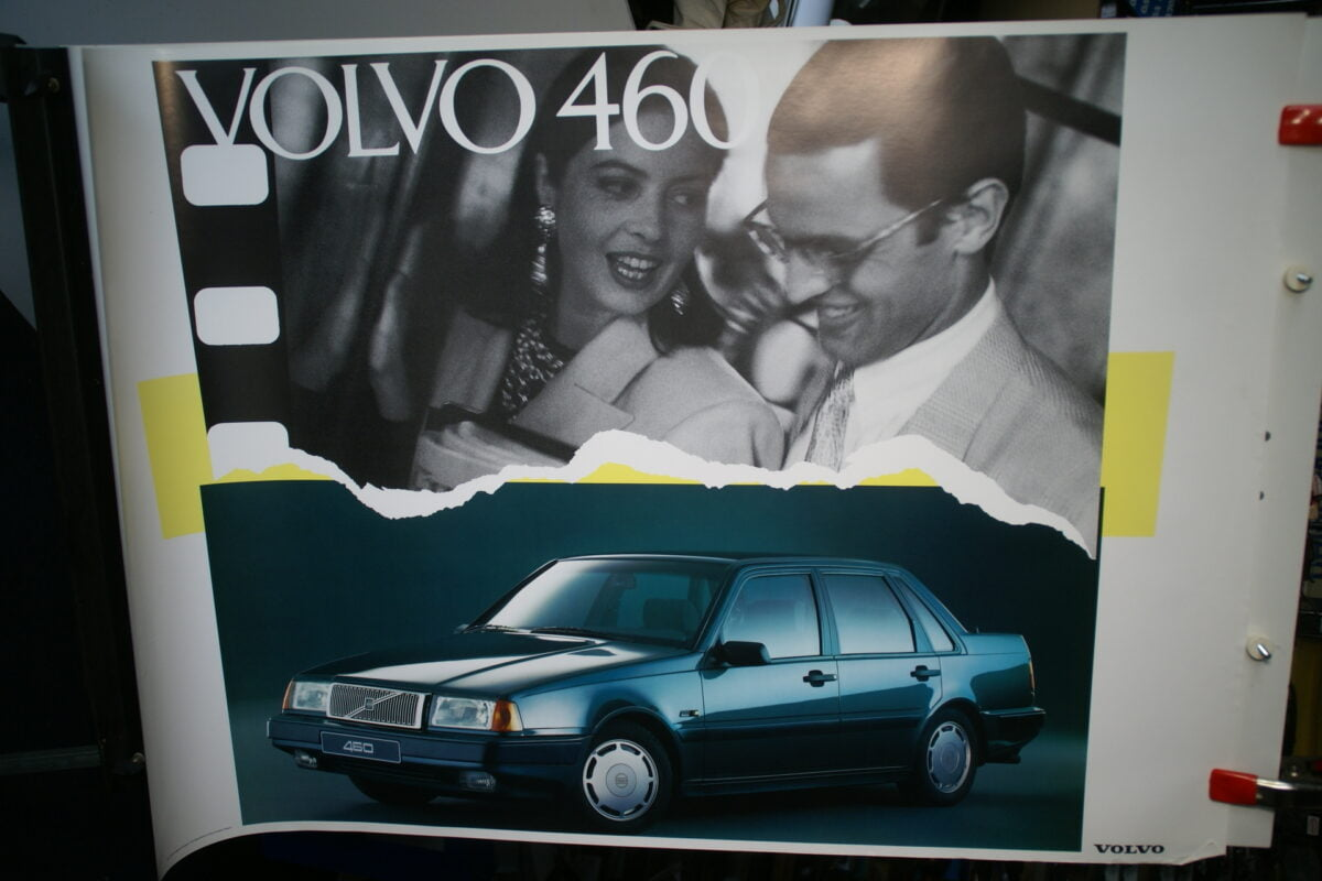 DSC02118 19791Volvo 460 groen poster MCCAR BV 6653