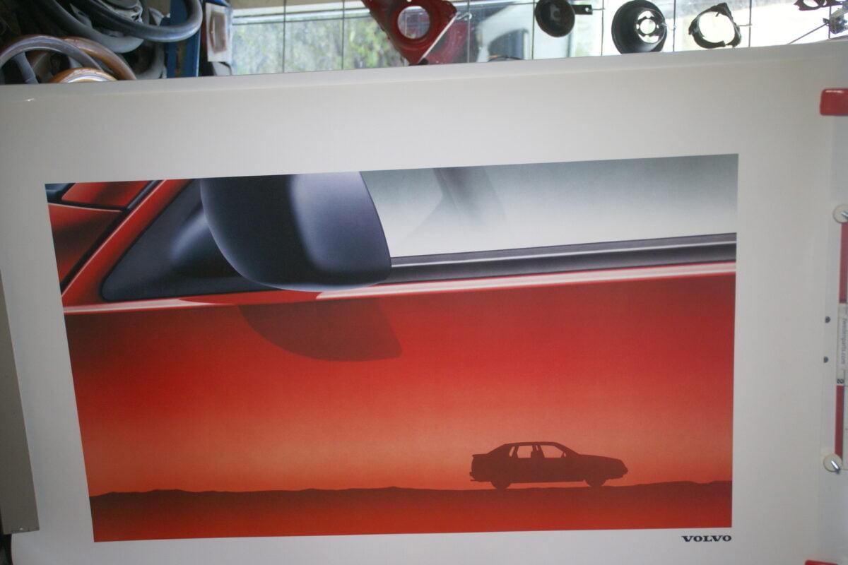 DSC02144 Volvo 440 rood poster MSPV4389