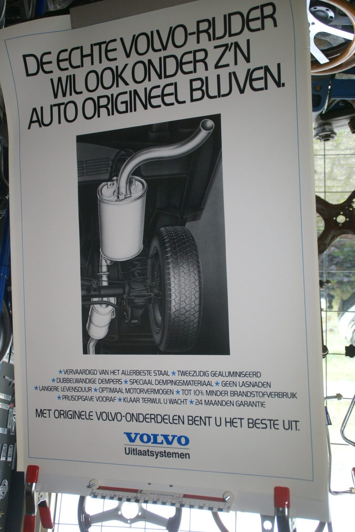 DSC02174 Volvo originele onderdelen uitlaat poster