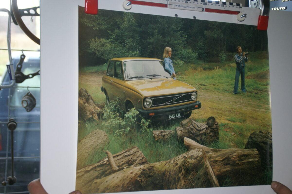 DSC02209 Volvo 66 geel poster 1284-76