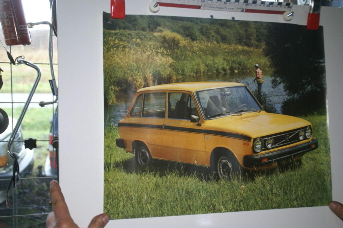 DSC02213 Volvo 66 geel poster 3294-77