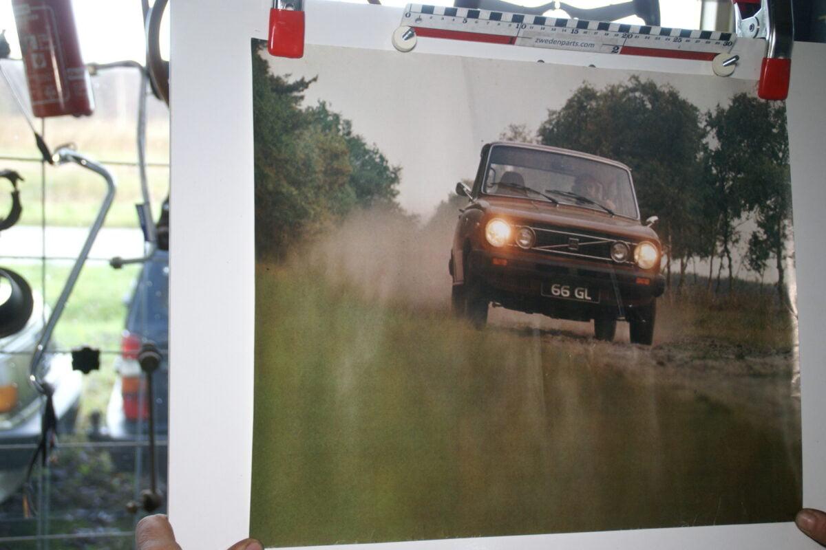 DSC02215 Volvo 66 rood poster 1285-76