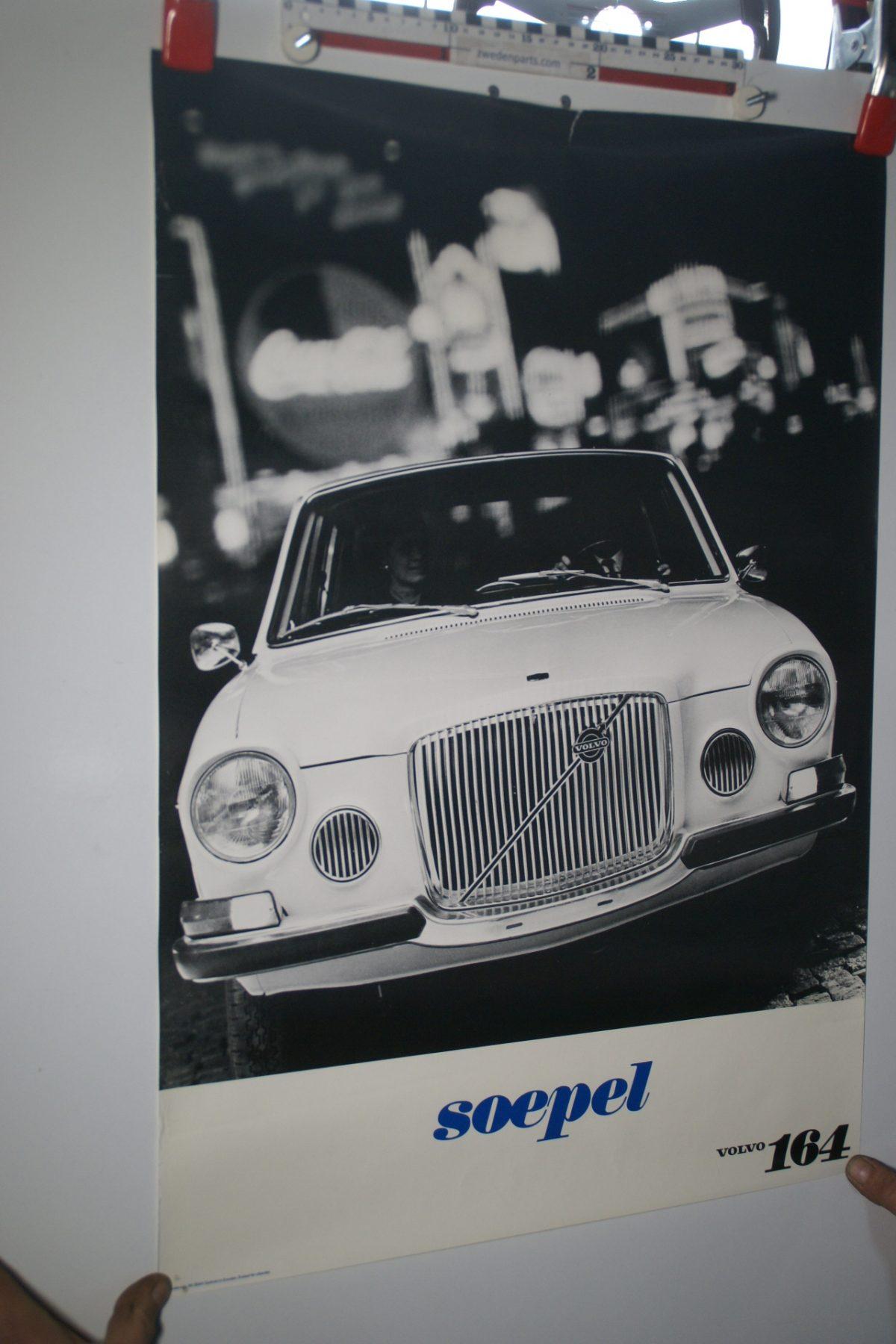 DSC02233 Volvo 164 wit poster 3644