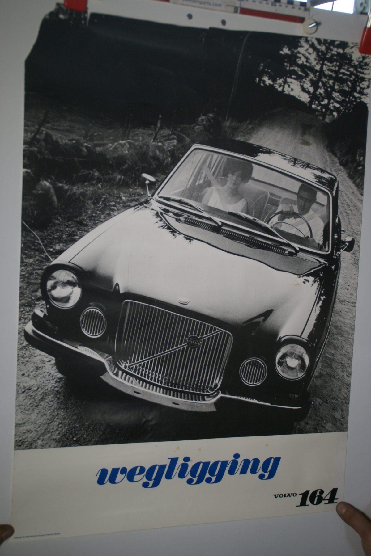 DSC02235 Volvo 164 donker poster 3644
