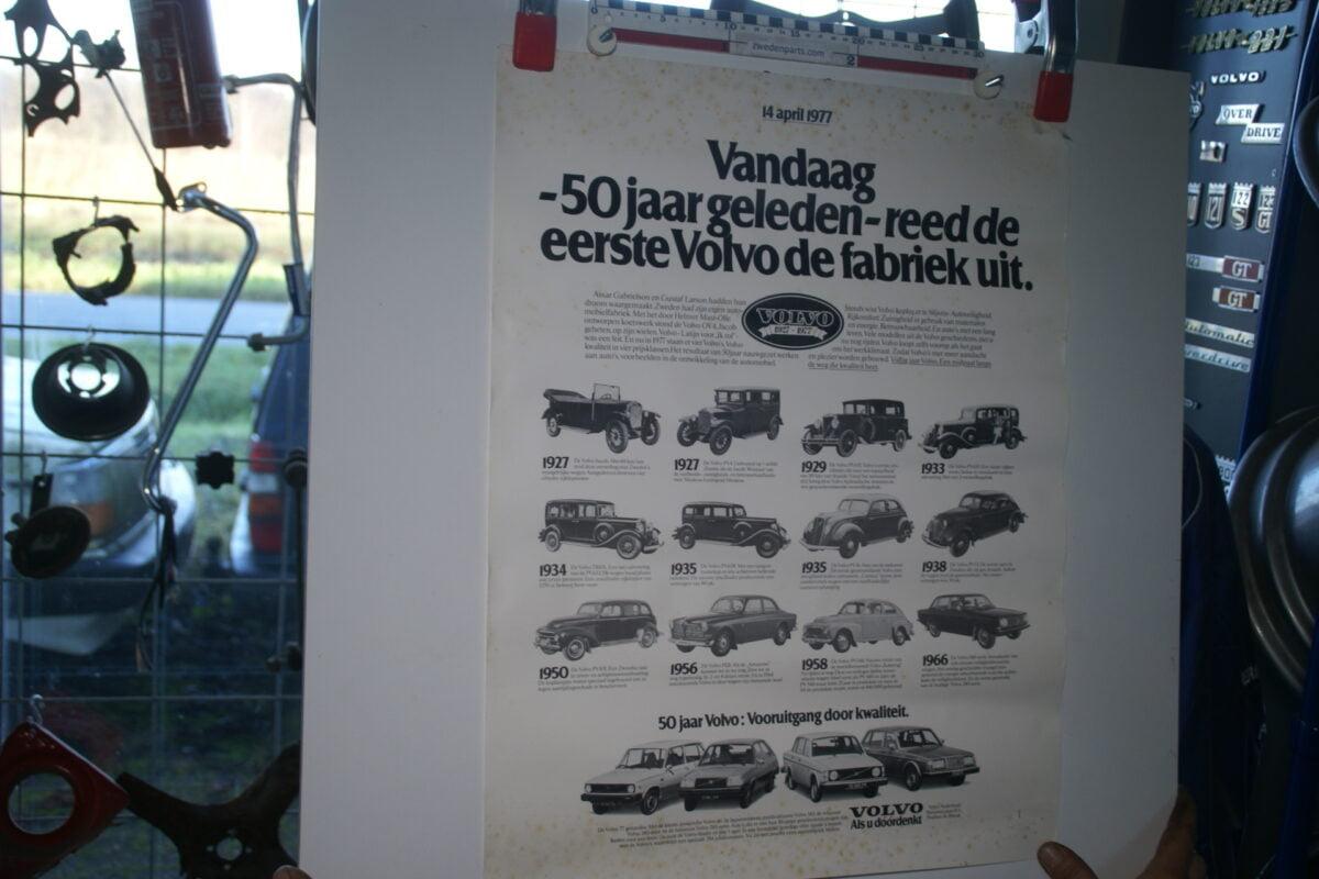 DSC02328 1977 Volvo 16 modellen jubileum poster AV 177