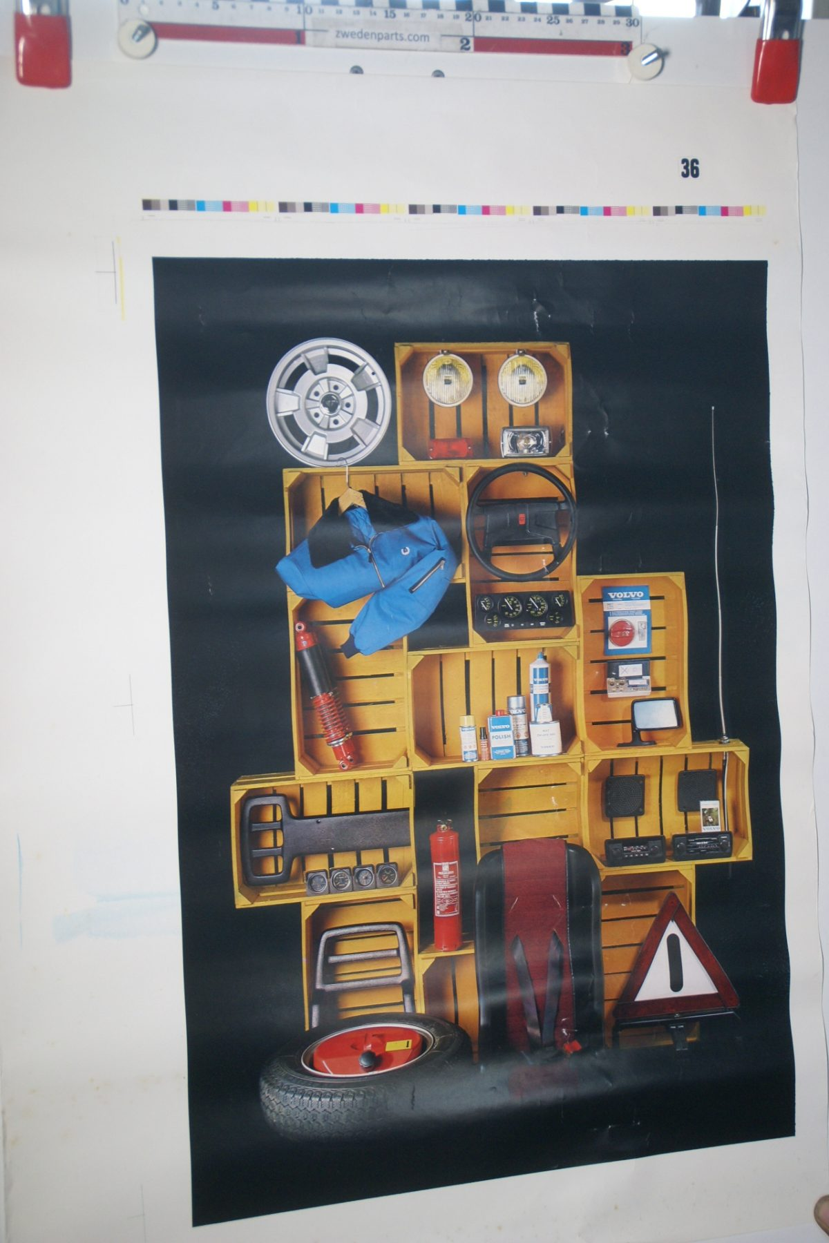 DSC02331 Volvo 240 accessoires poster