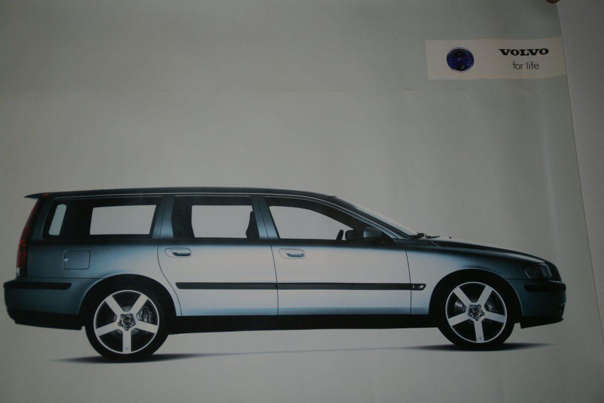 DSC02348 Volvo V70 grijs poster