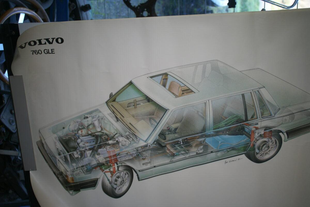 DSC02383 1982 Volvo 764 poster TP 91211