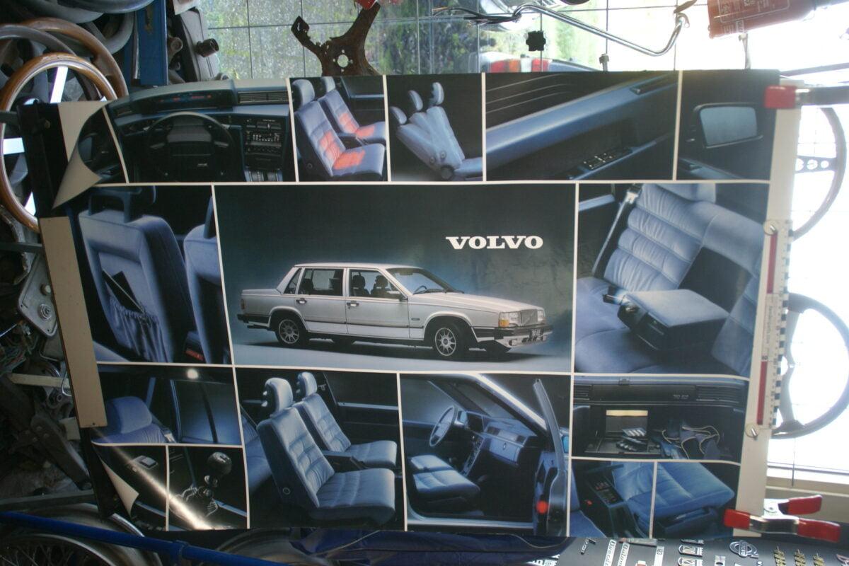 DSC02385 1983 Volvo 764 poster MSPV 216