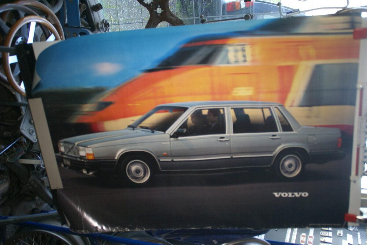 DSC02387 1982 Volvo 764 poster MSPV 487