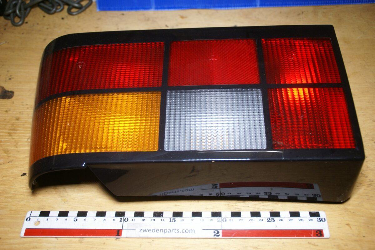 DSC02560 achterlicht Volvo 440 460 rechts NOS