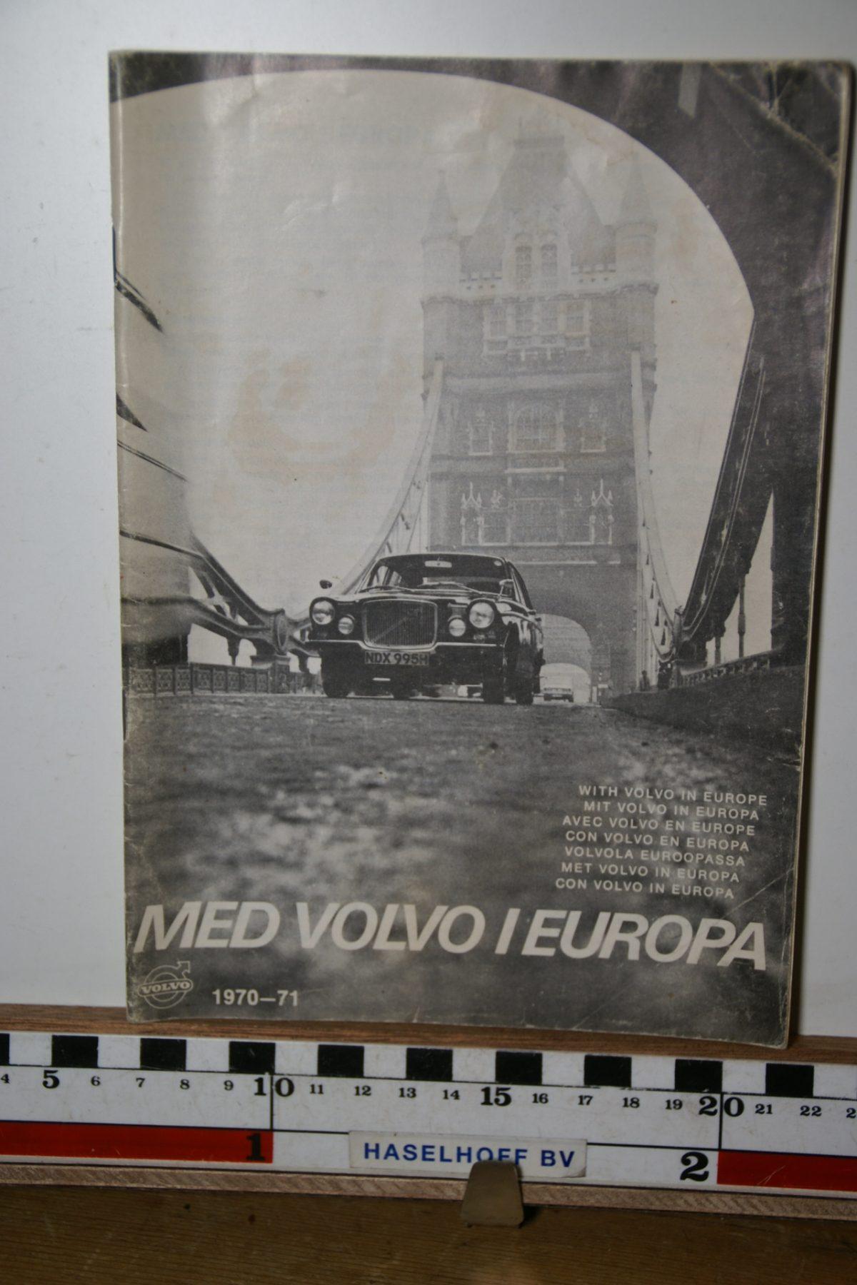 DSC02436 boekje 1970 Met Volvo in Europa 1970 1971