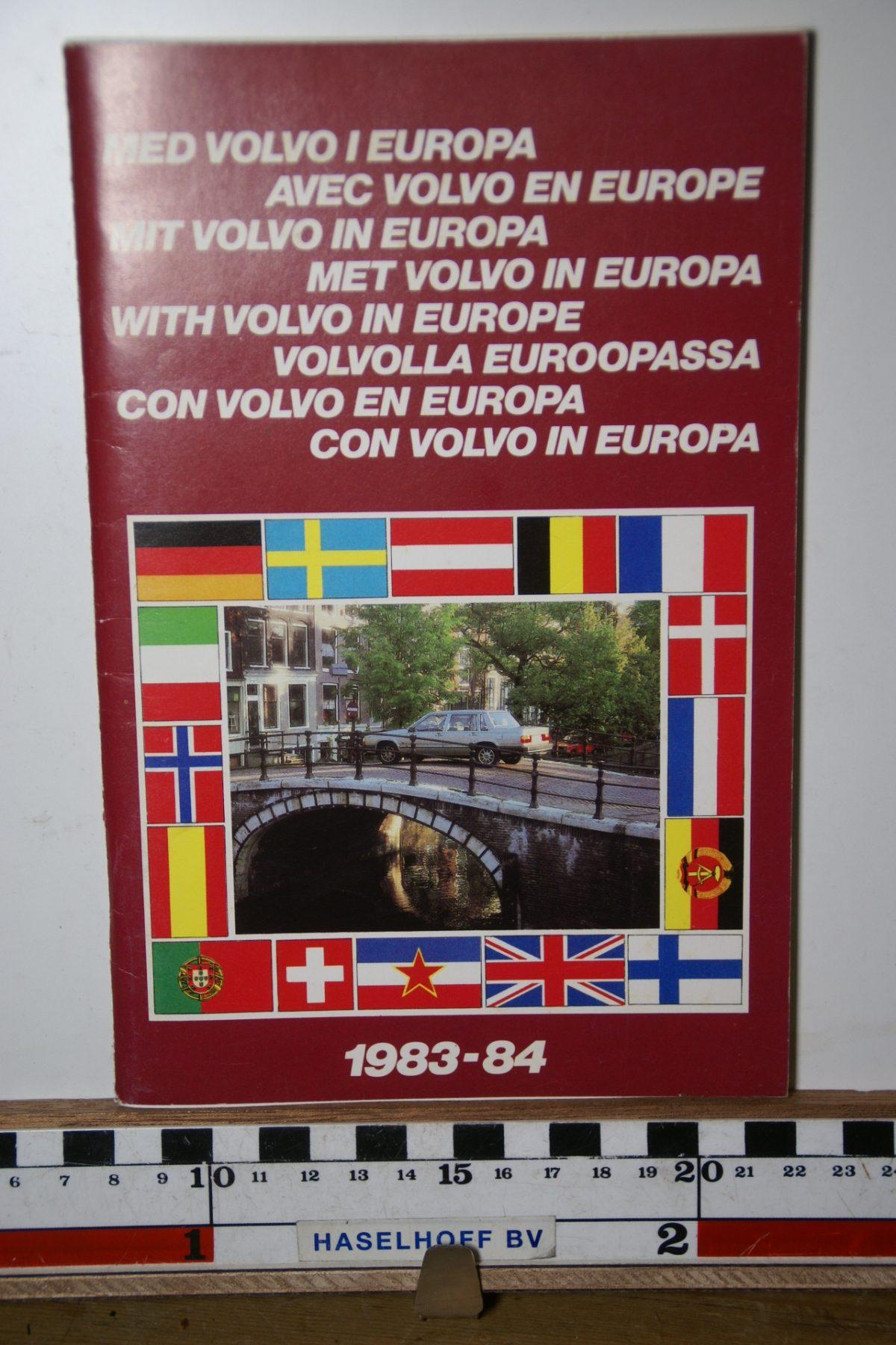 DSC02442 1983 boekje Met Volvo in Europa 1983 1984 S40508
