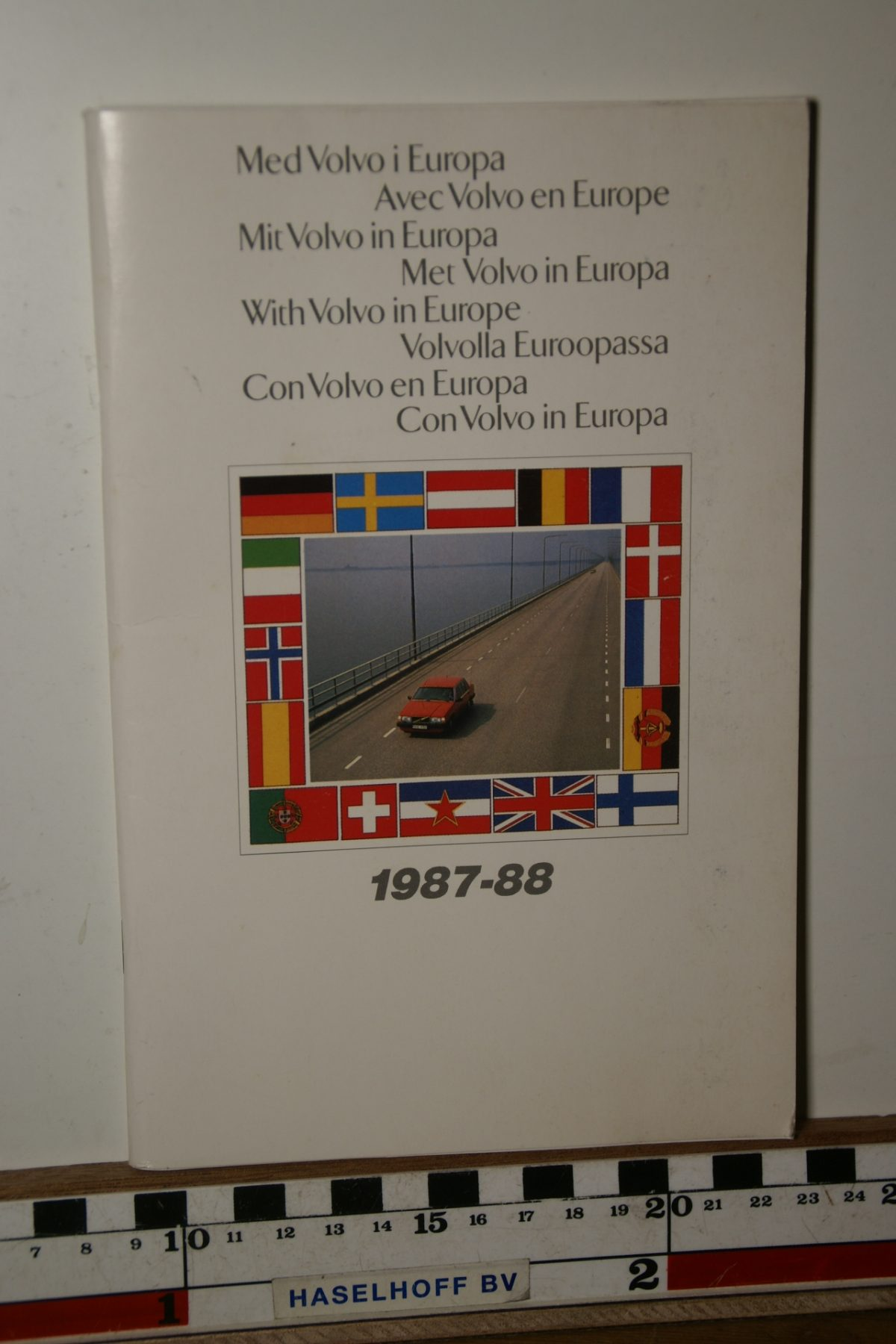 DSC02467 1987 boekje Met Volvo in Europa 1987 1988 1987 PRPV870302