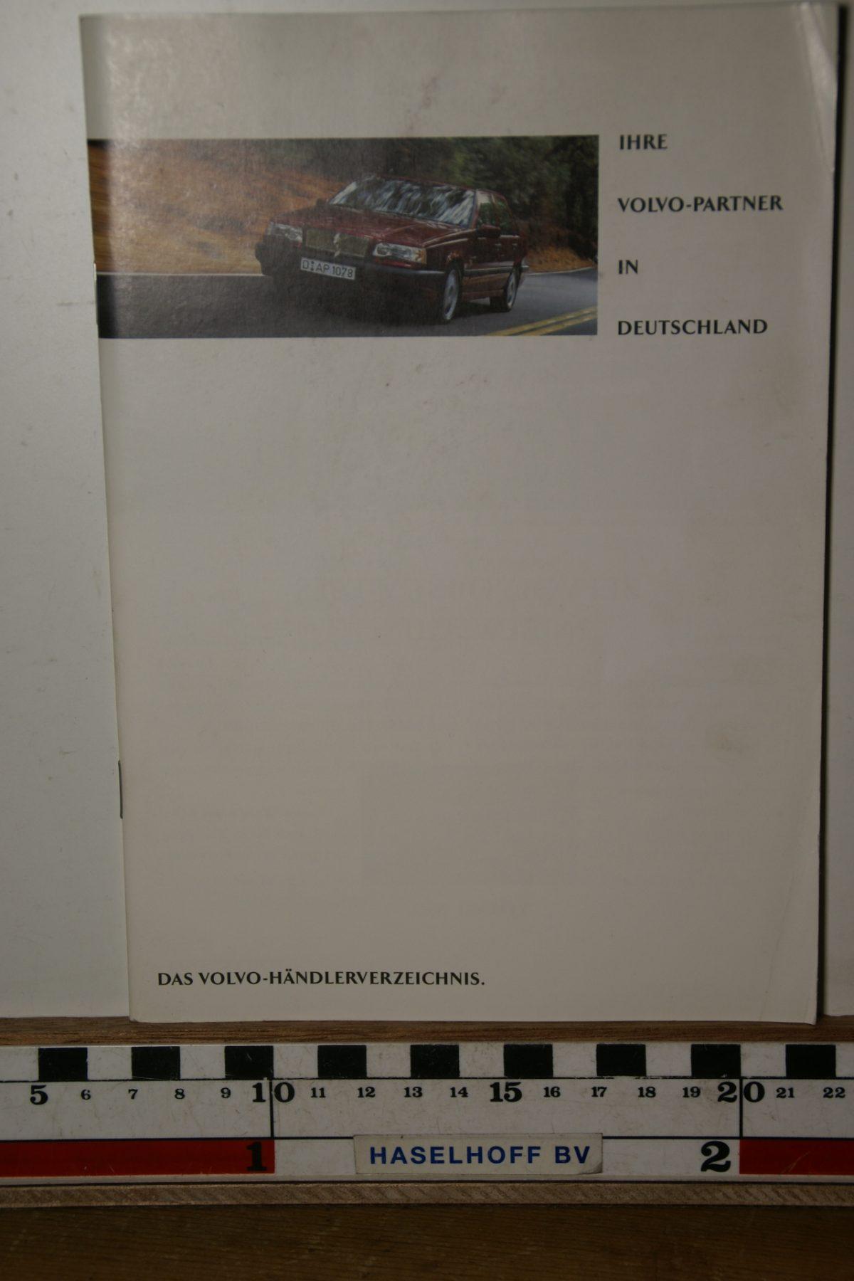 DSC02473 boekje Met Volvo in Duitsland