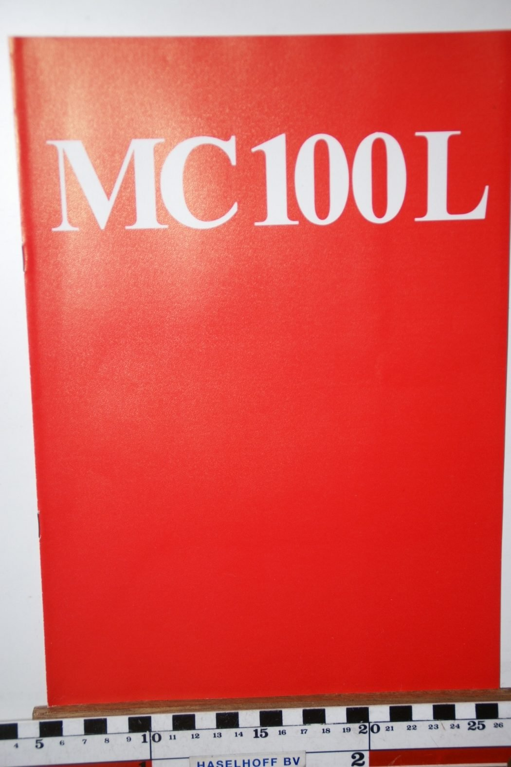 DSC02586 1973 brochure Poclain MC100L