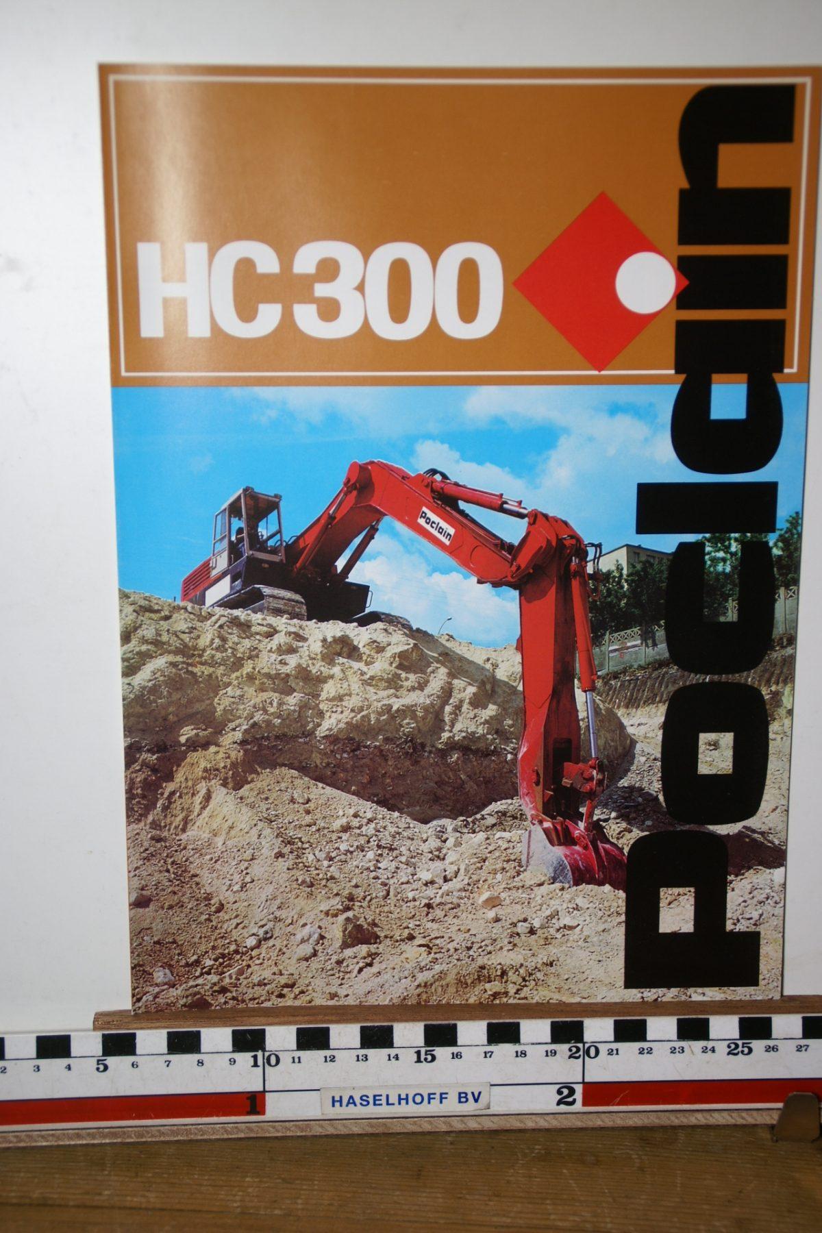 DSC02592  1973 brochure Poclain HC300 204.7