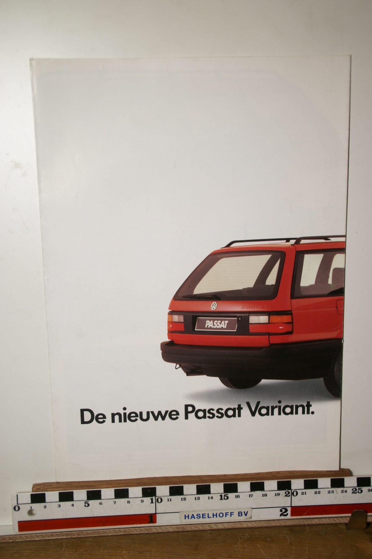 DSC02614 ca 1990 brochure Volkswagen Passat Variant