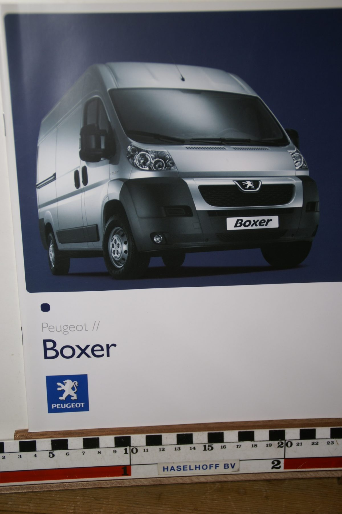 DSC02639 2007 brochure Peugeot Boxer