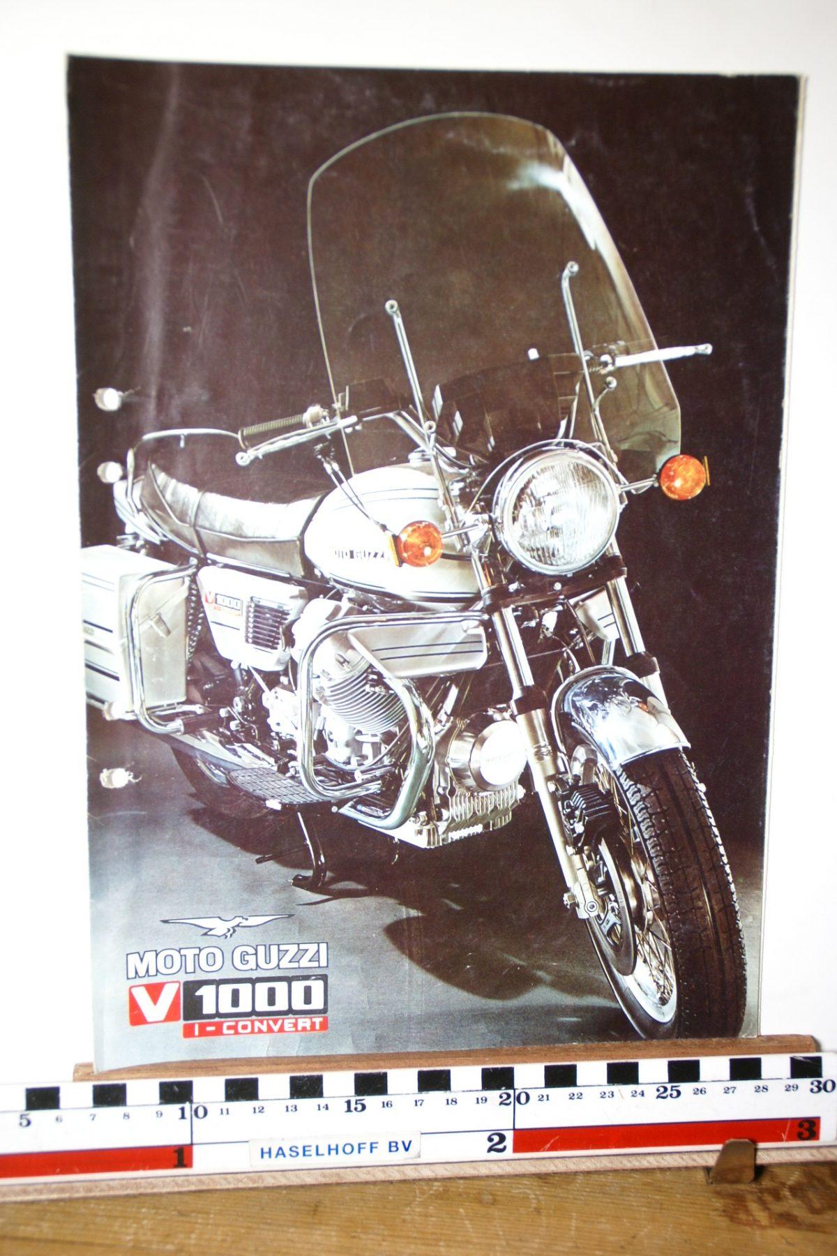 DSC02679 ca 1977 brochure MotoGuzzi V1000
