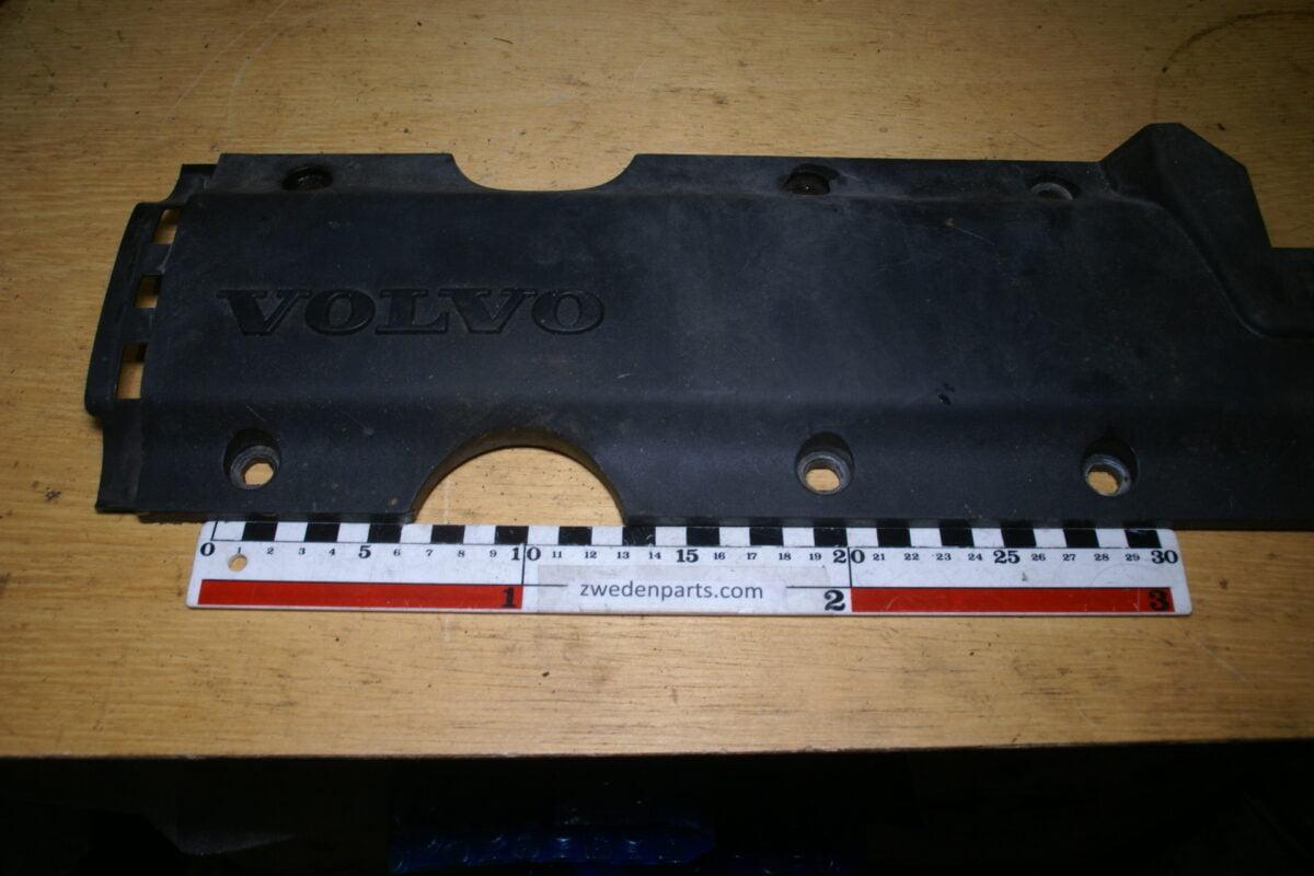 DSC02802 Volvo 60 70 80 motorplaat zwart 1270363