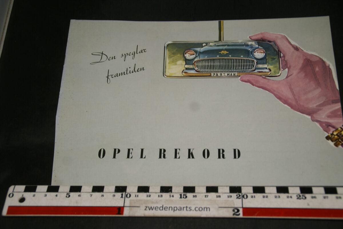 DSC04688 1957 brochure Opel Rekord 0144 Svenskt
