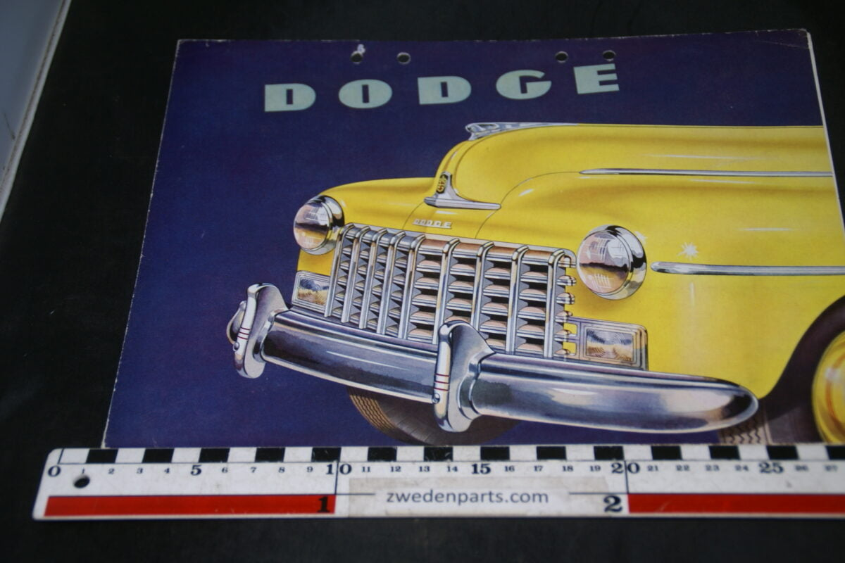 DSC04706 ca 1948 brochure Dodge English