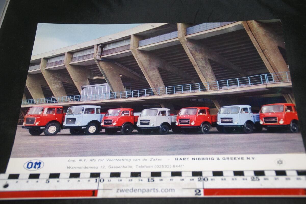 DSC04711 ca 1970 brochure OM vrachtwagens