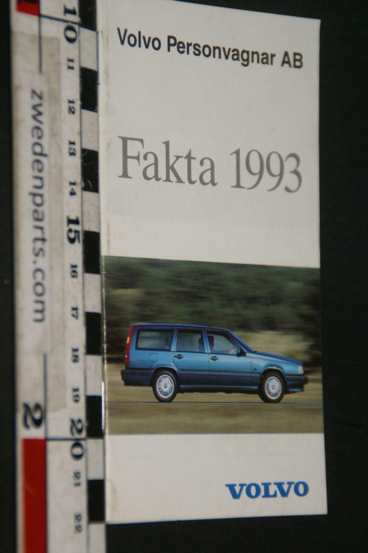 DSC04943 1993 boekje met Volvo feiten