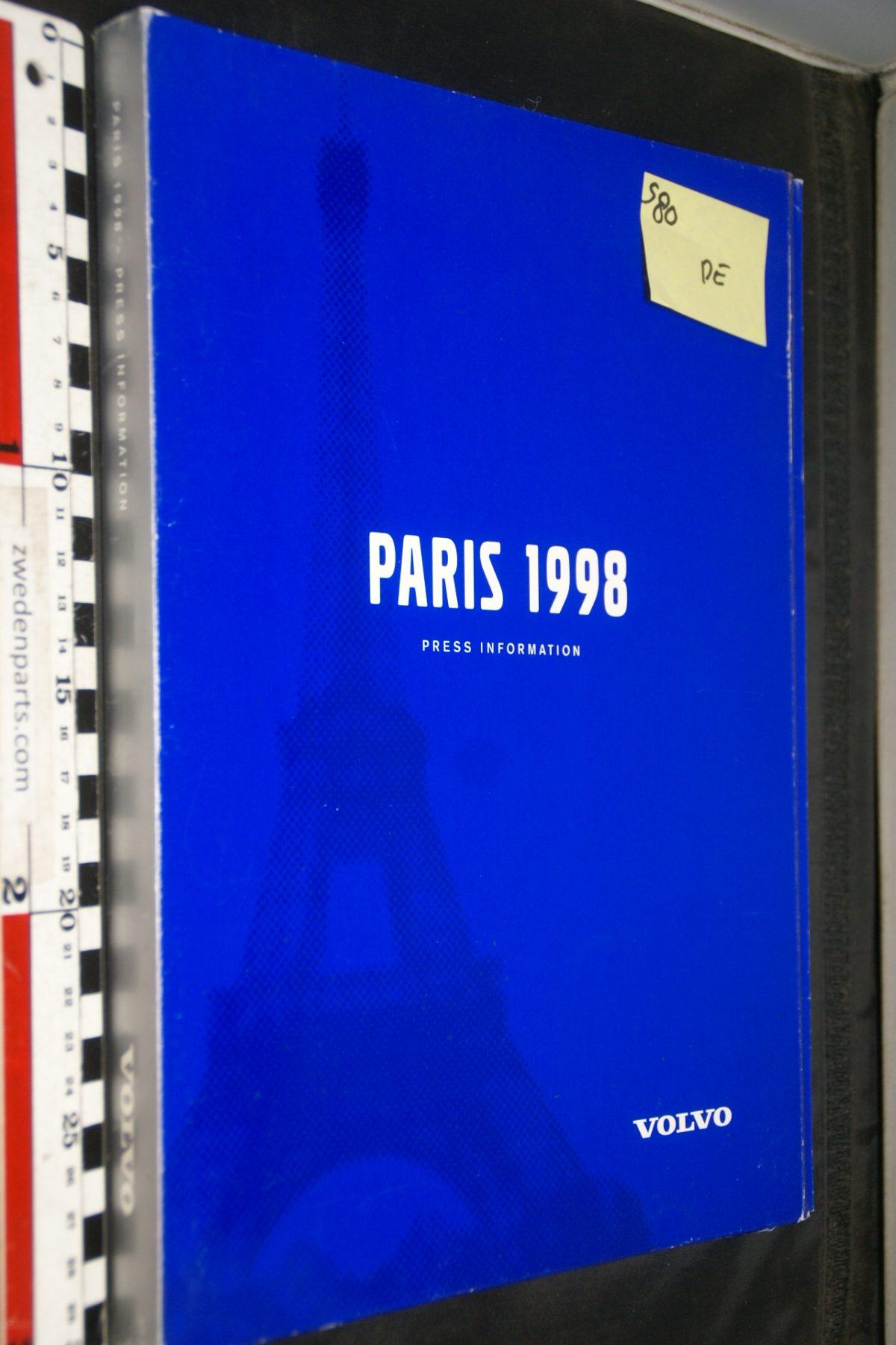 DSC04949 1998 Parijs Volvo S80 persmap met persberichten en foto's