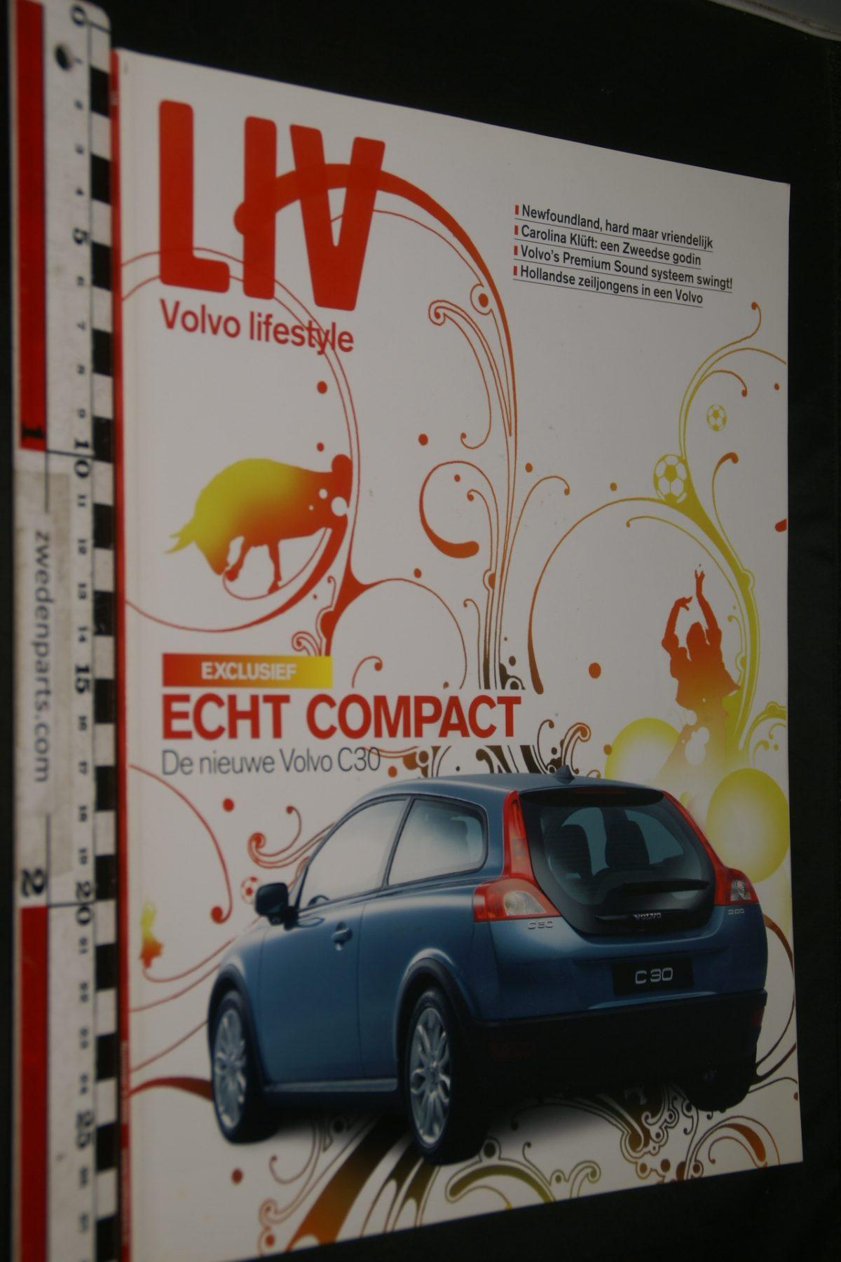 DSC04217  tijdschrift Volvo LIV C30