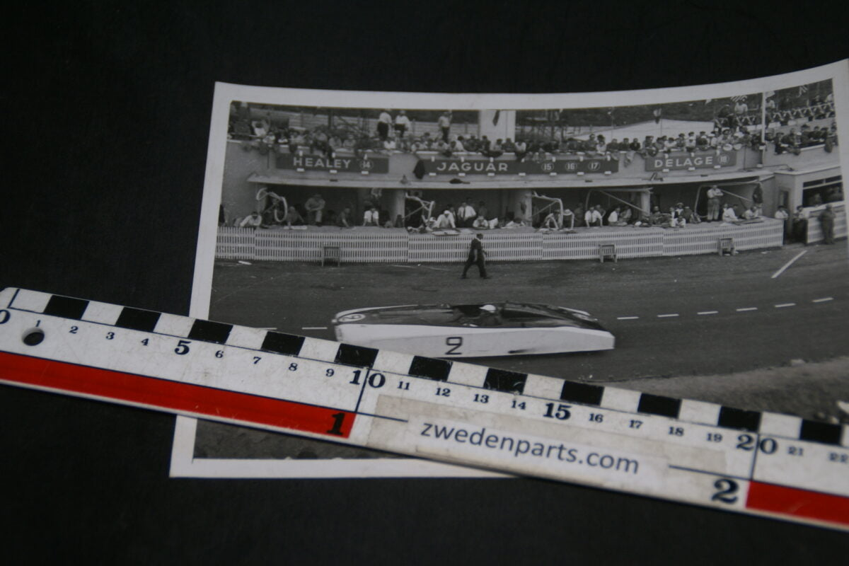 DSC05205 1950 originele persfoto Le Mans raceauto de Tank fotograaf John S. Zody