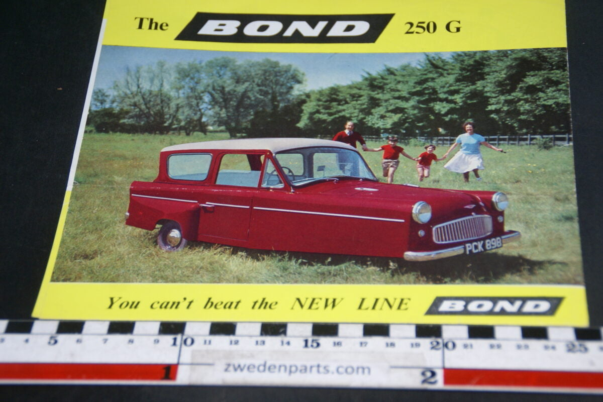 DSC05276 brochure Bond 250GT