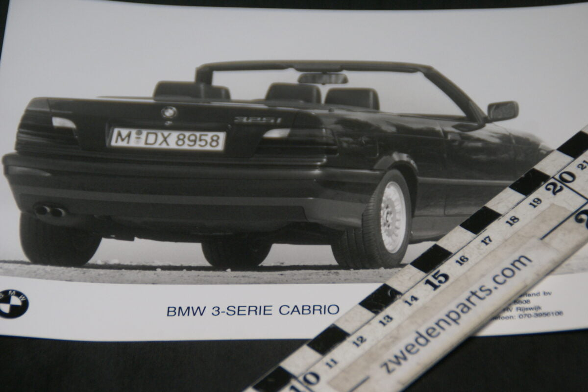 DSC05301 originele persfoto BMW 3 serie cabrio