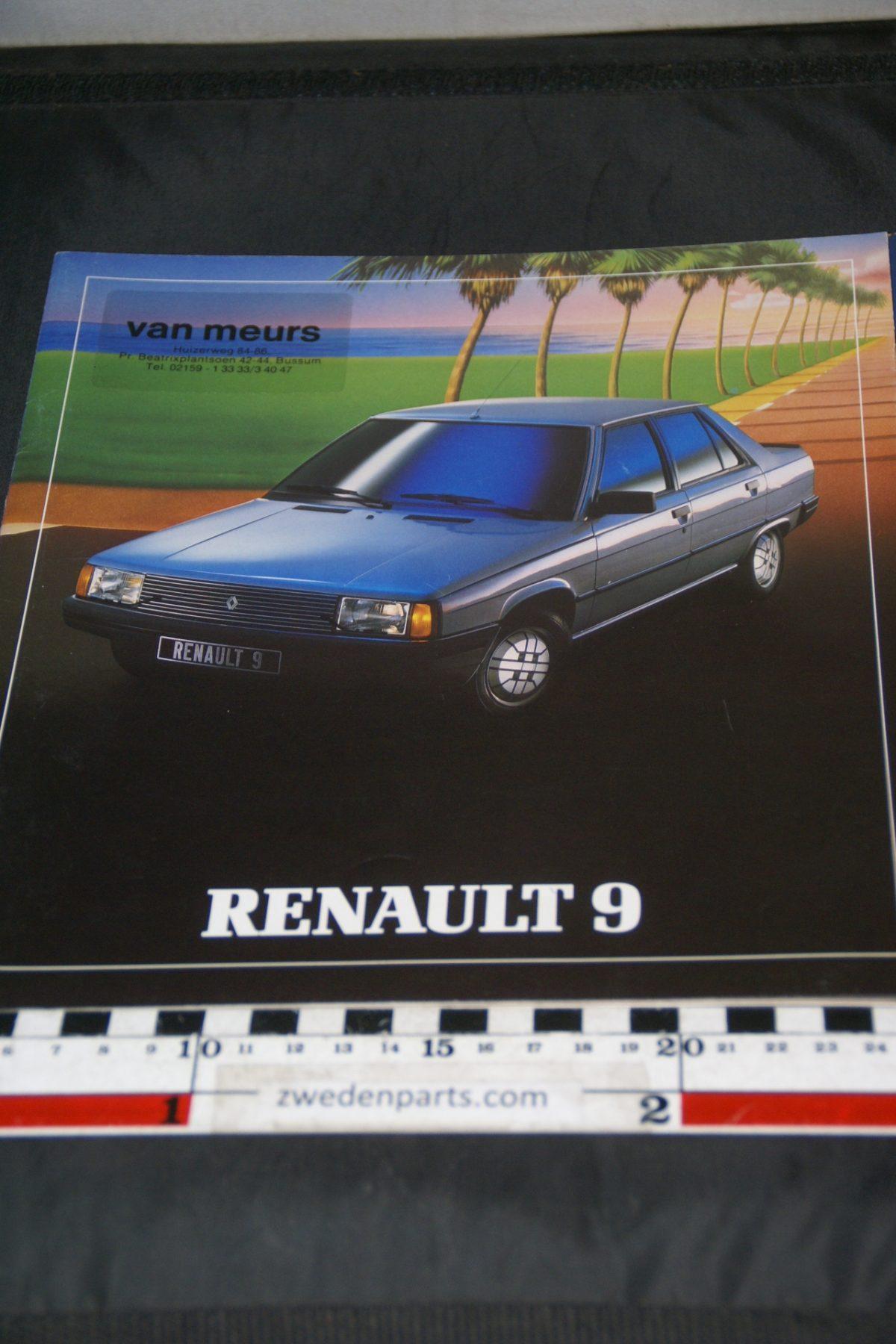 DSC05326 brochure Renault 9