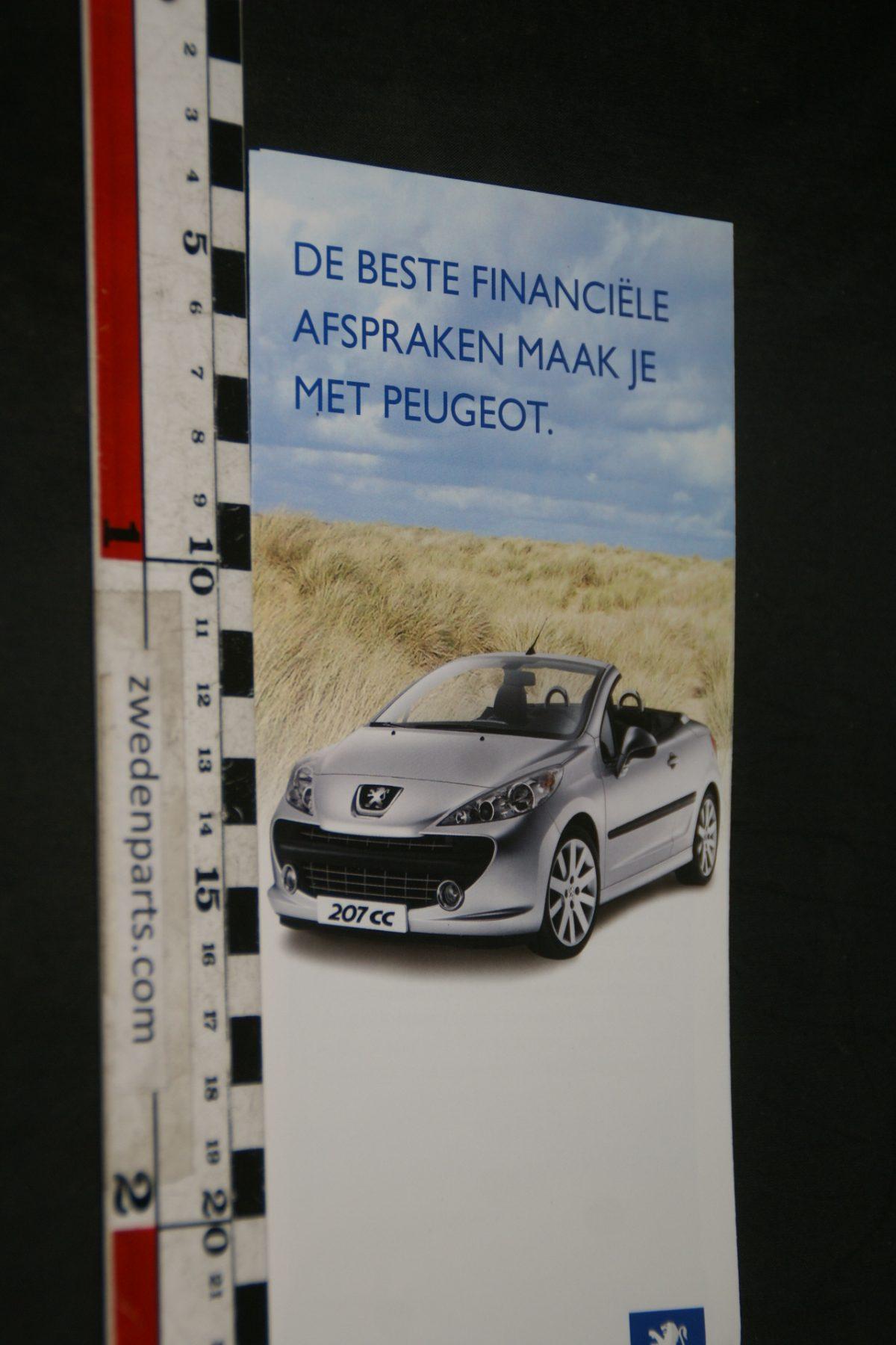 DSC05528 2007 brochure Peugeot 207 CC