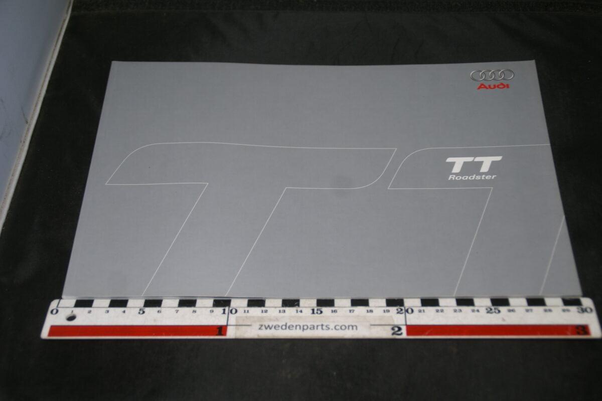 DSC05543 2006 brochure Audi TT Roadster nr 6331100.86.33