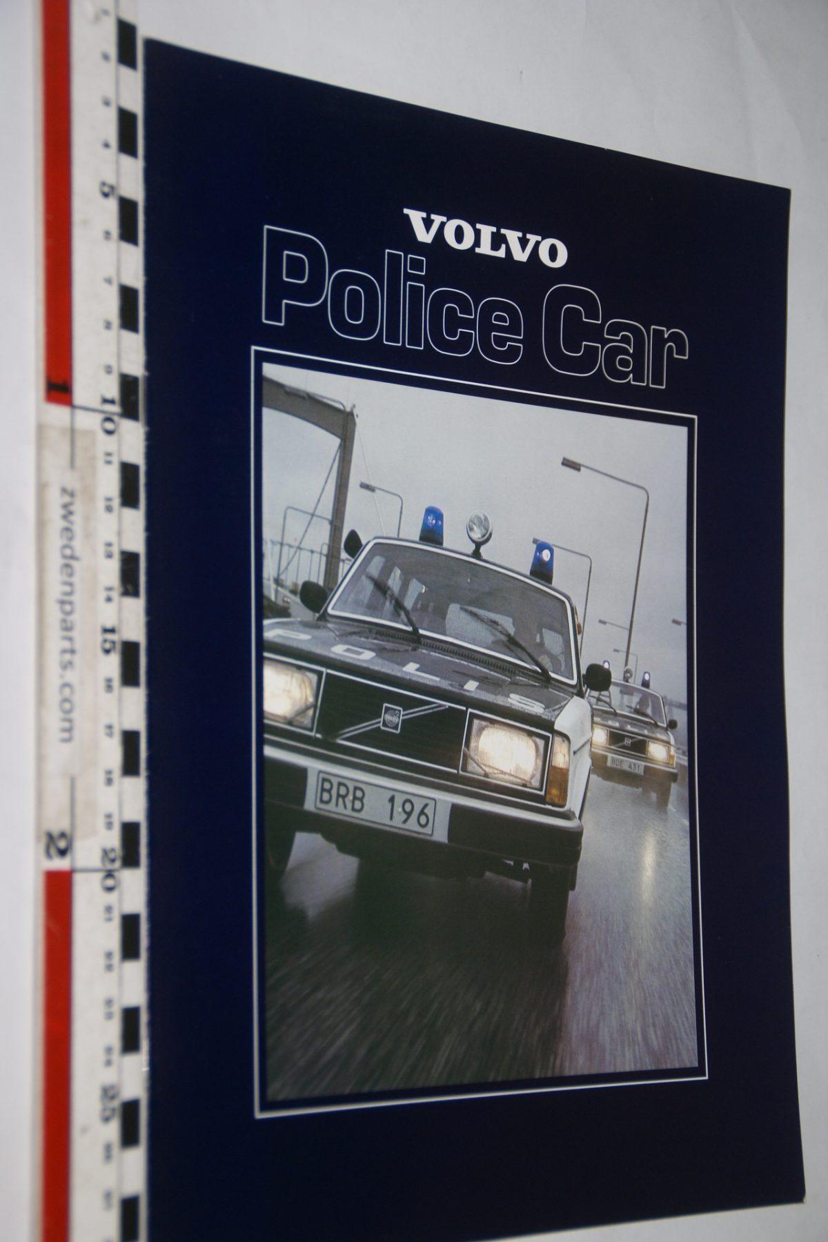 DSC05564 1979 brochure Volvo 240 Police Car nr ASP-PV 6830 Engels