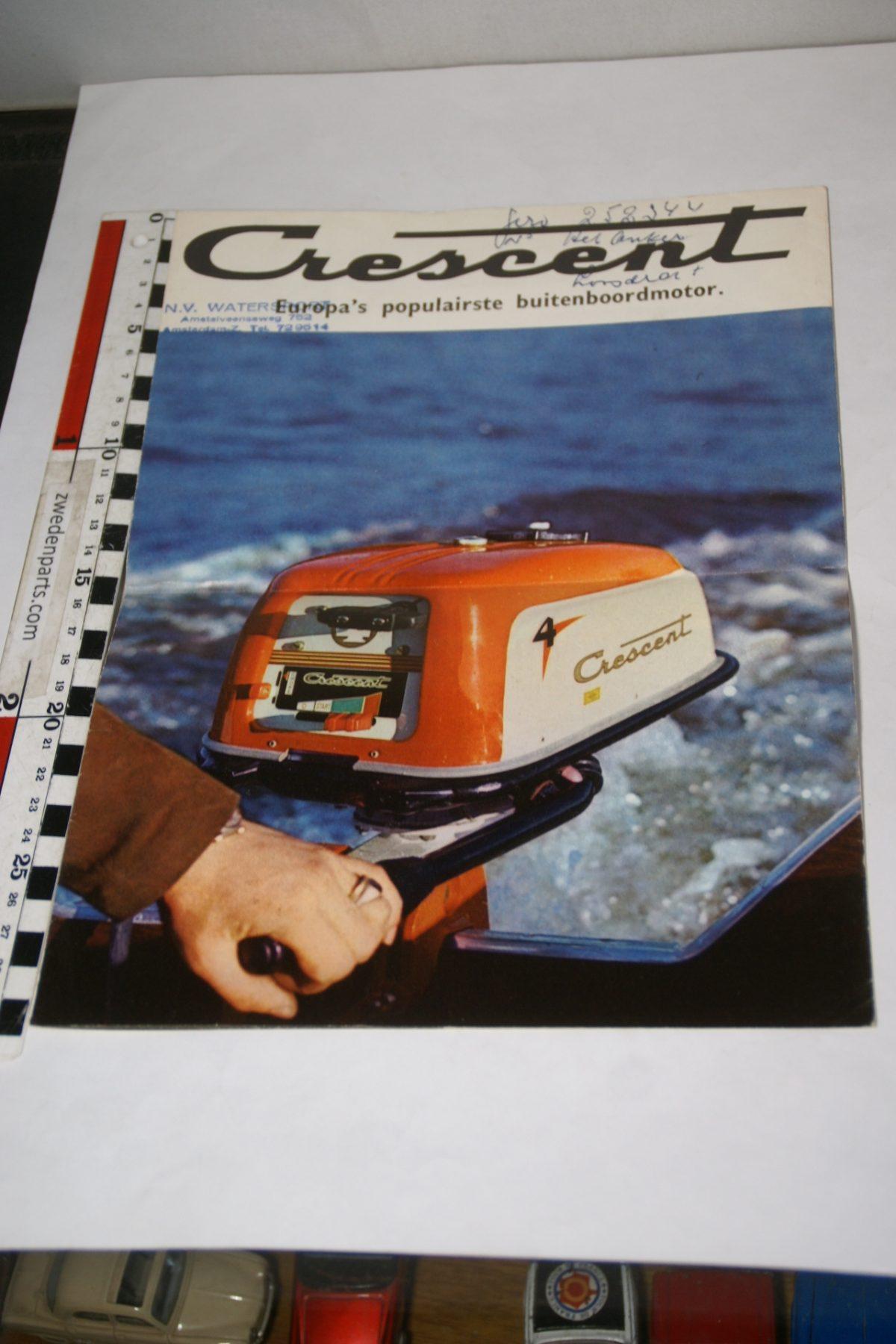 DSC05574 brochure Crescent Marine buitenboordmotoer