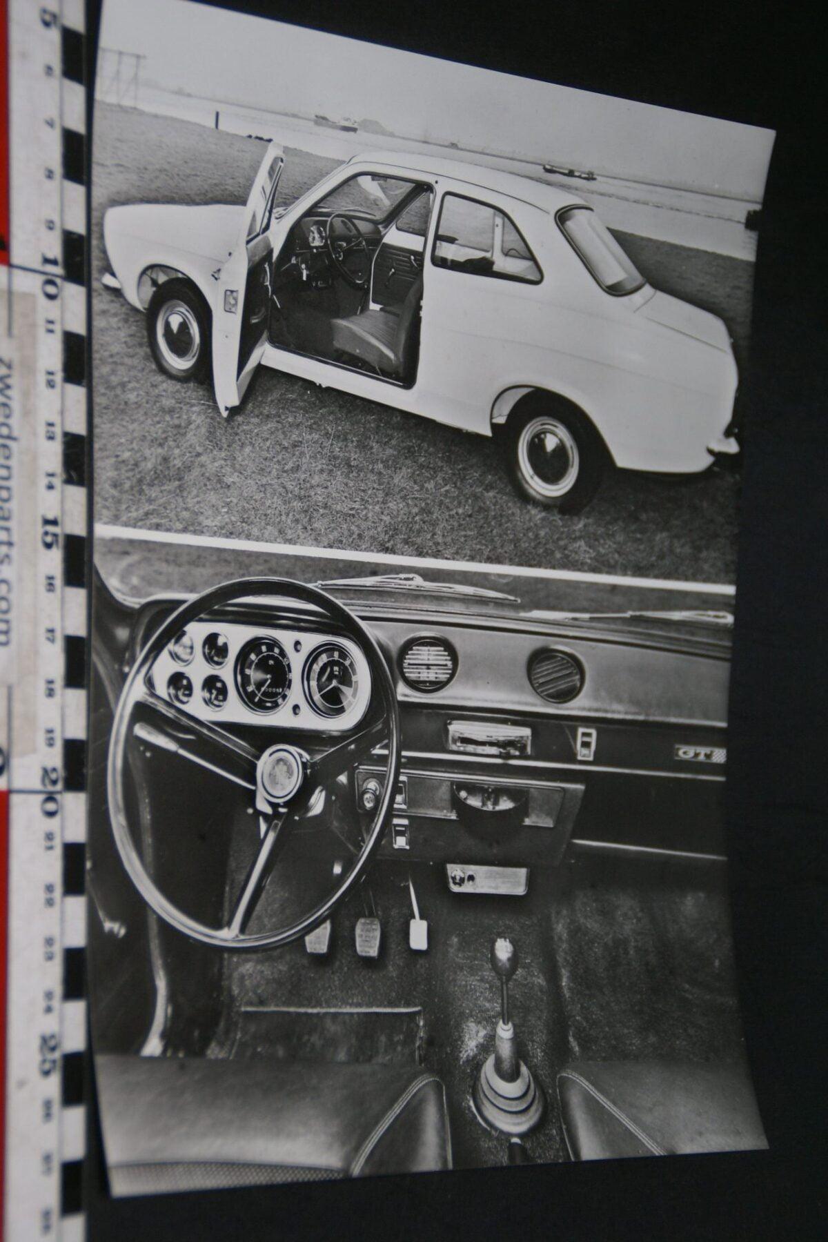 DSC05999 persfoto 1968 Ford Escort Deluxe en GT