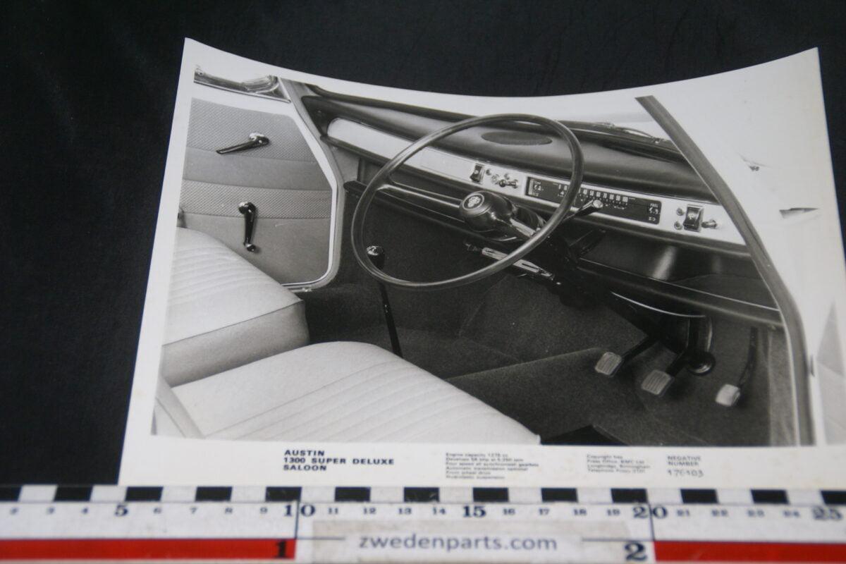 DSC06002 persfoto Austin Maxi