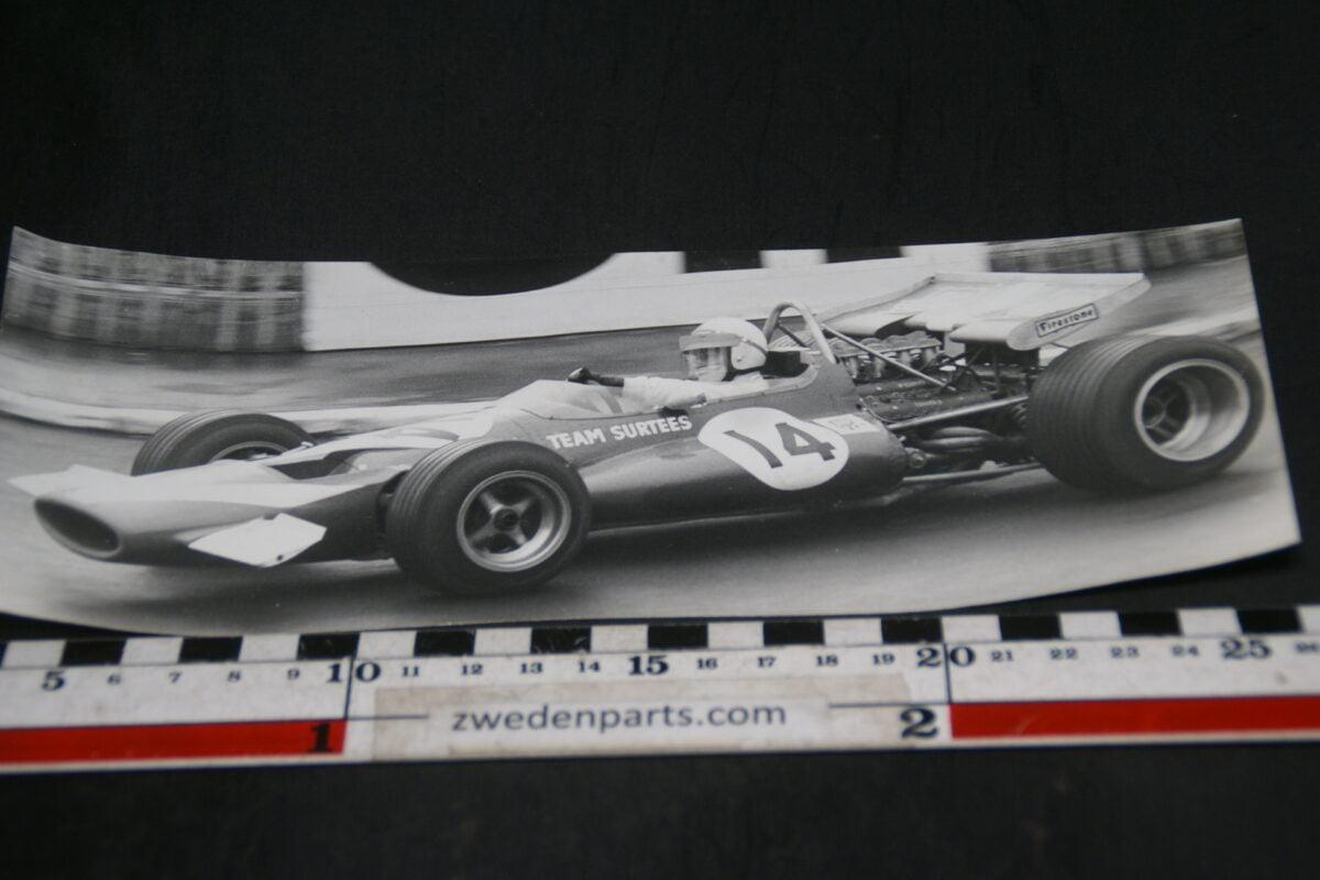 DSC06013 persfoto raceteam Surtees