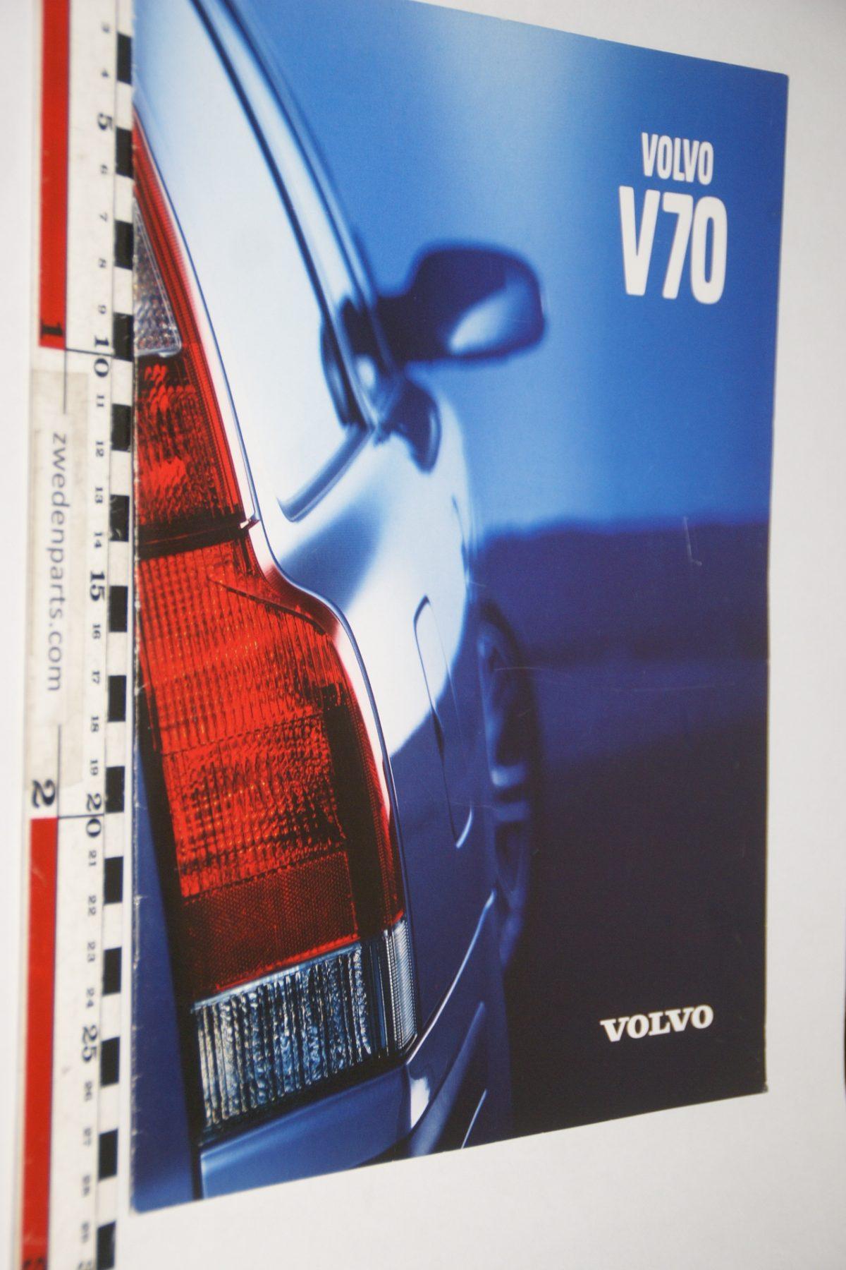 DSC06063 brochure Volvo V70