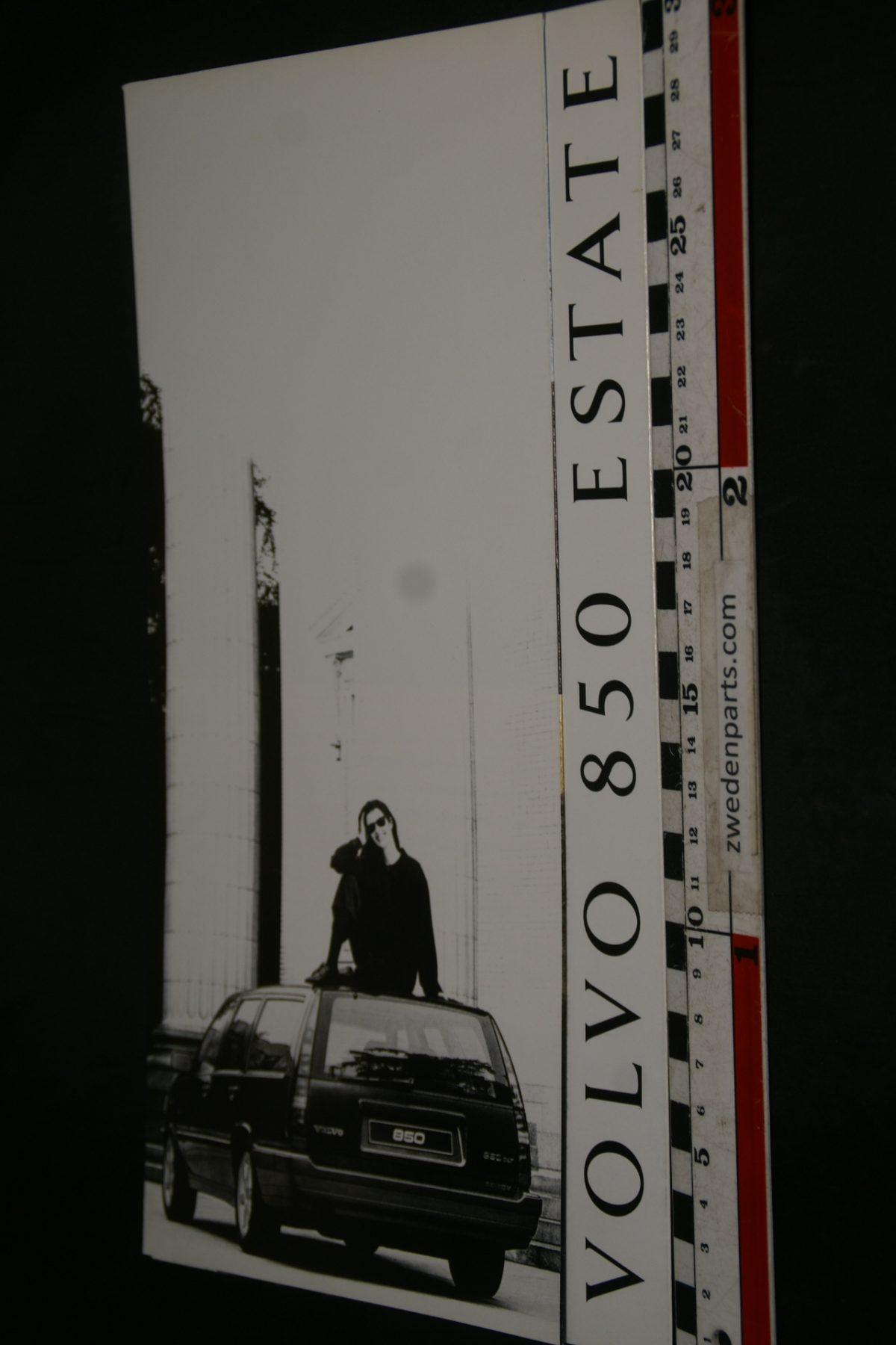 DSC06279 ca 1992 brochure Volvo 850 Estate