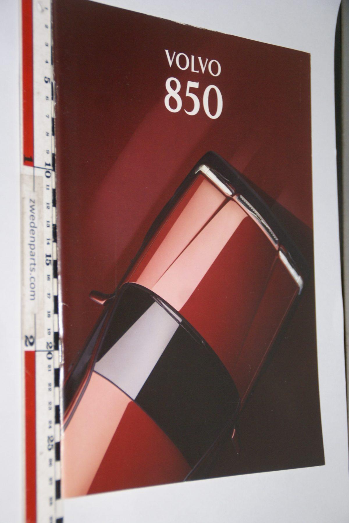 DSC06290 1994 brochure Volvo 850 nr MSPV 6065-2