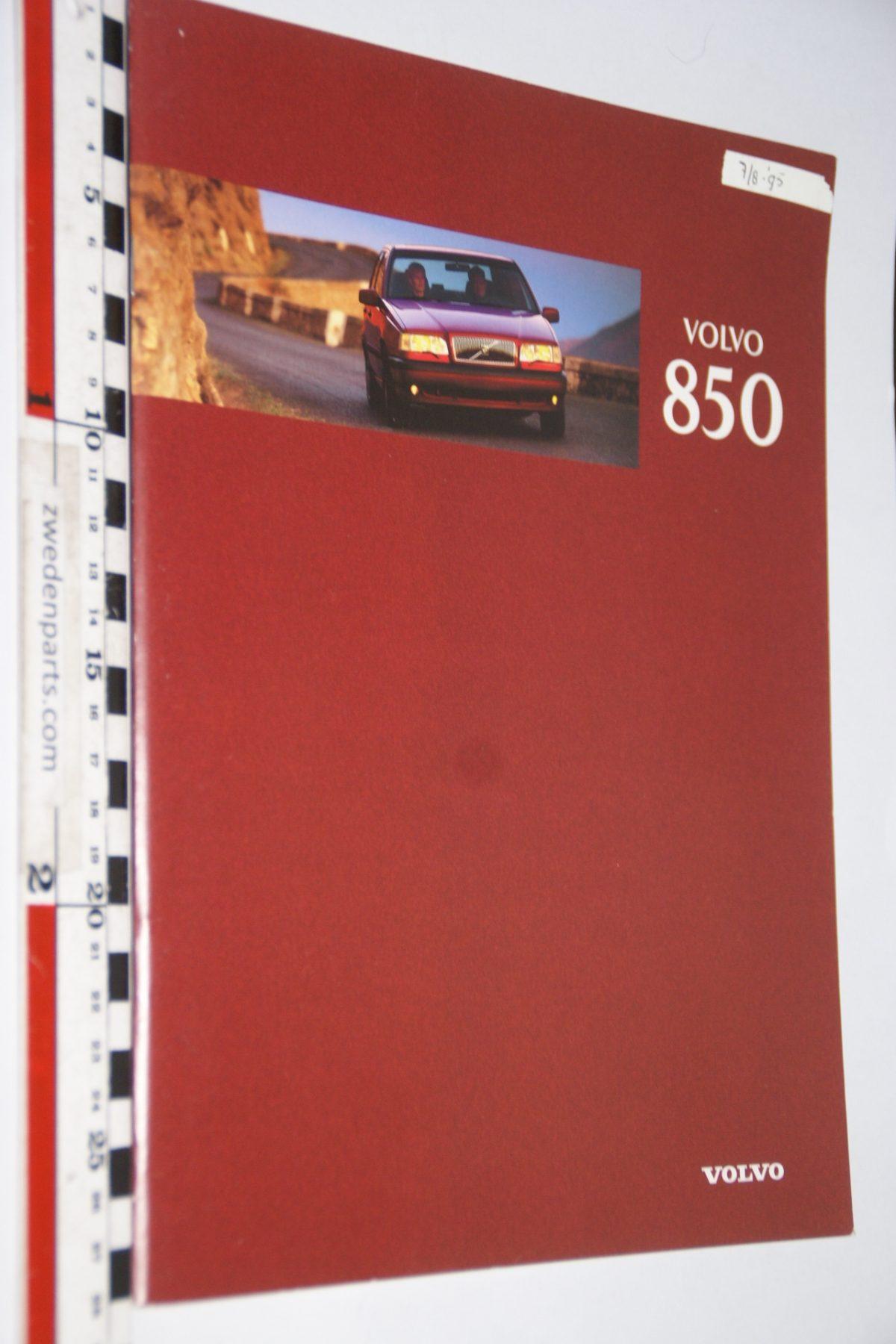 DSC06296 1996 brochure Volvo 850 nr MSPV 7455-96