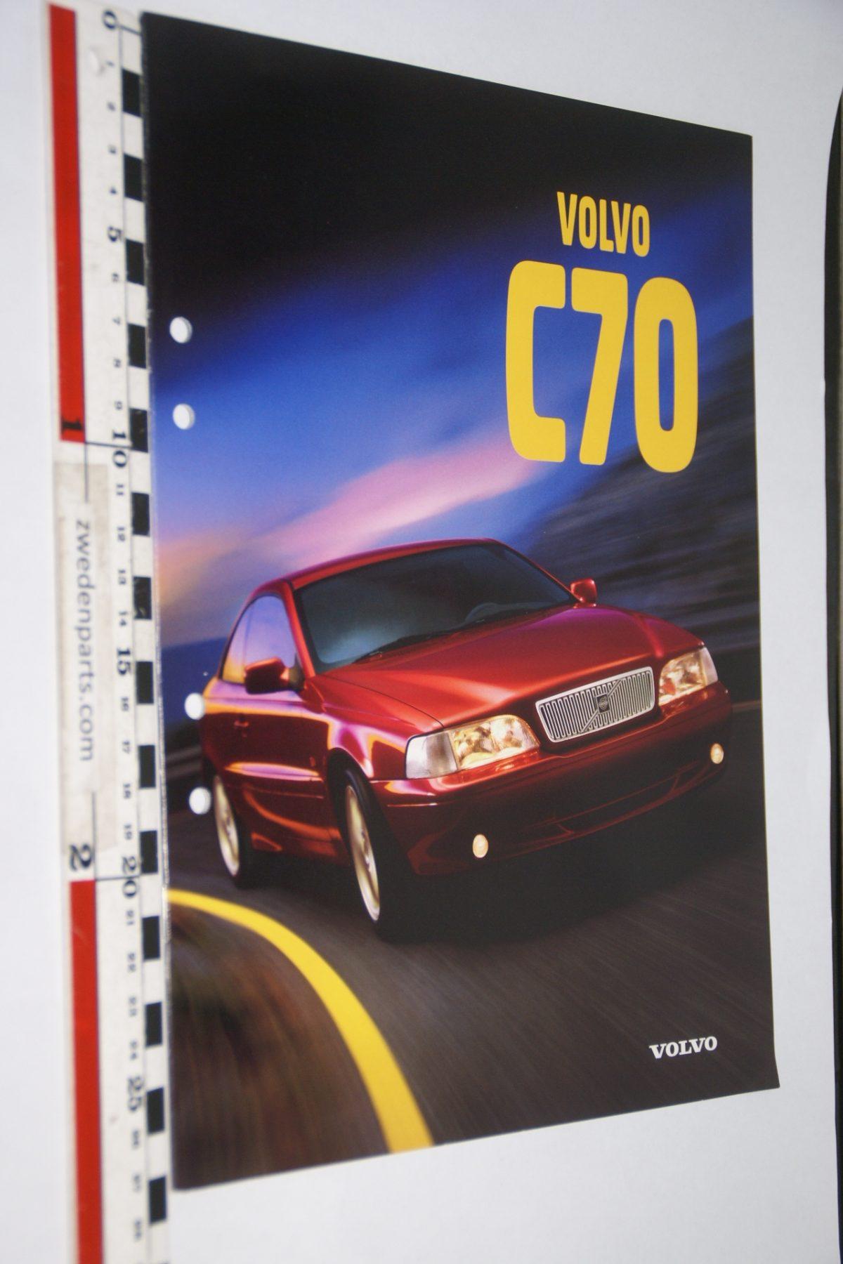 DSC06300 1997 brochure Volvo C70 nr MSPV 8651-97, English