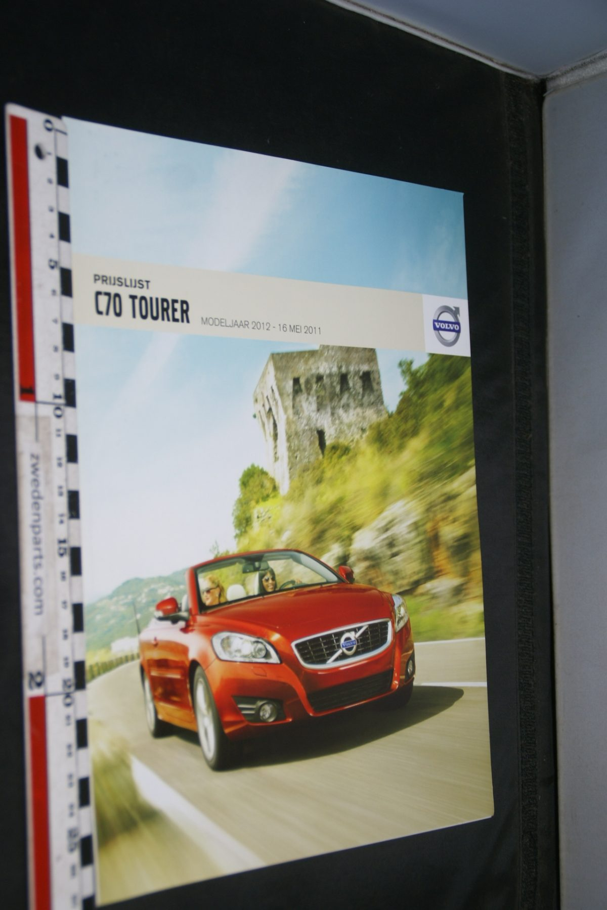 DSC06318 2012 brochure Volvo C70 Tourer nr MY12-05-2011-V1